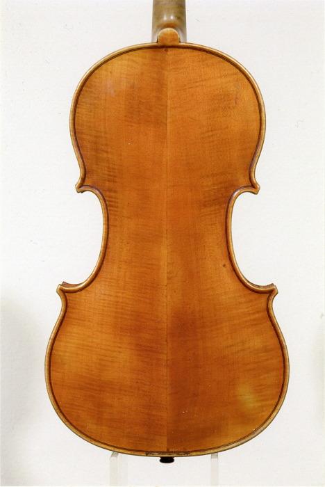 ヴァイオリン裏板